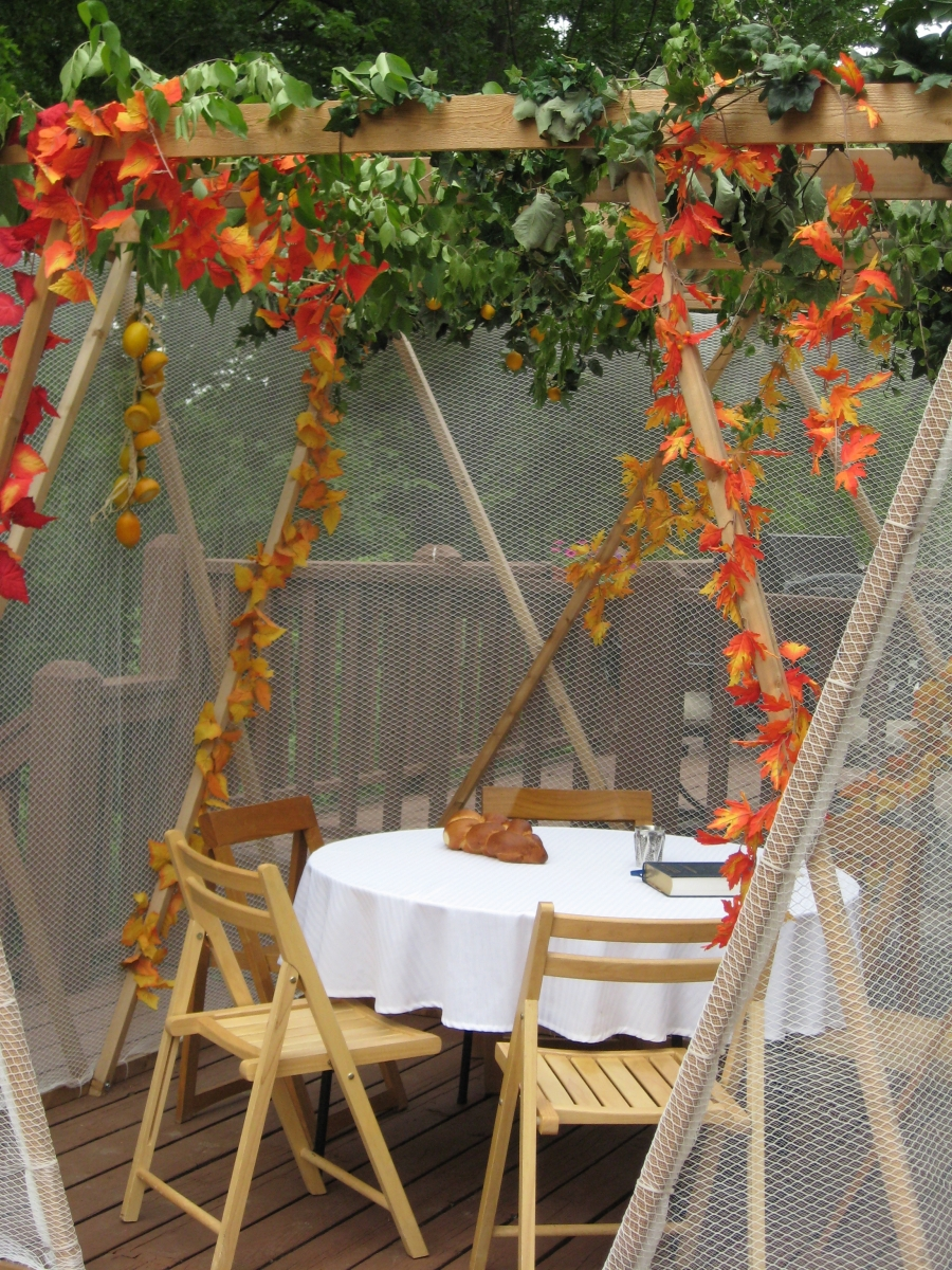 Sukkah kit seats 4-8.  This is a table with 6 seats